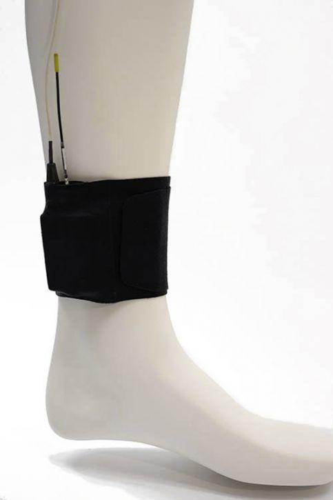 Ursa Ankle Strap  / 38 cm Schwarz